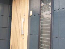 大和市 玄関ドア交換