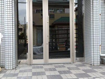 厚木市 施設出入口ドア交換工事